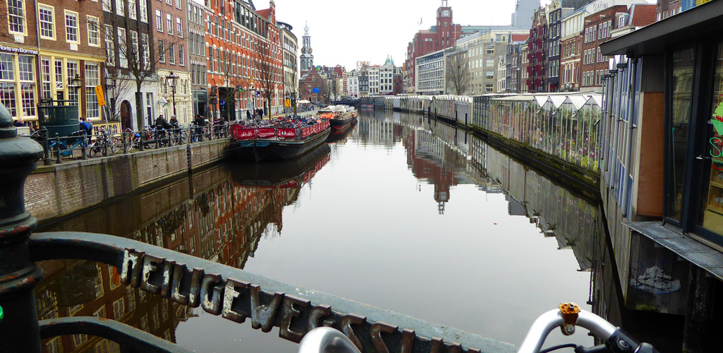 """Amsterdam, la """"Venecia del Norte"""" llena de cultura y rincones por descubrir"""
