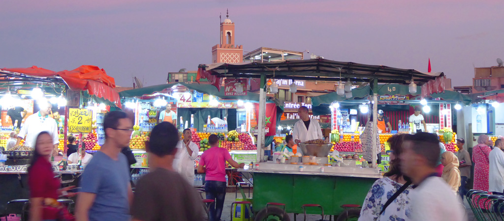 Mercado nocturno en la Plaza de Yamaa el Fna