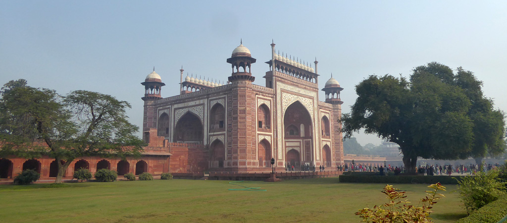 Great gate en la entrada del Taj Mahal
