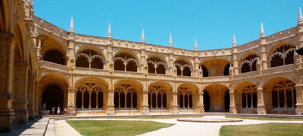 Patio interior del Monasterio de los Jerónimos de Belém, Lisboa