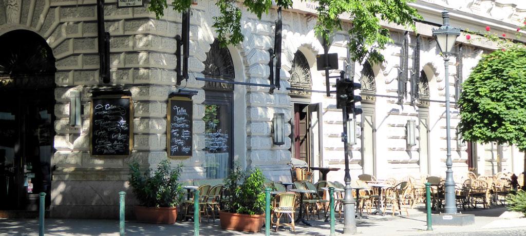 Rincones en la Avenida Andrássy en Budapest