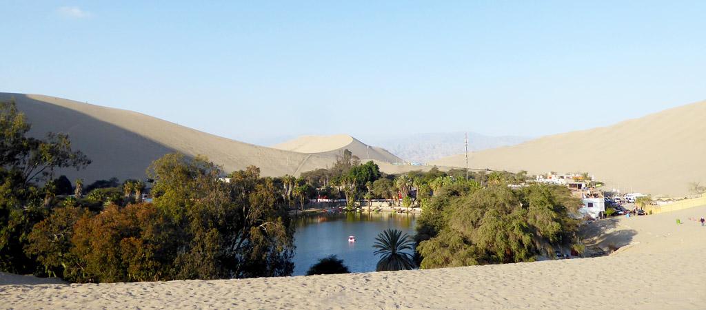 Oasis Huacachina en Perú