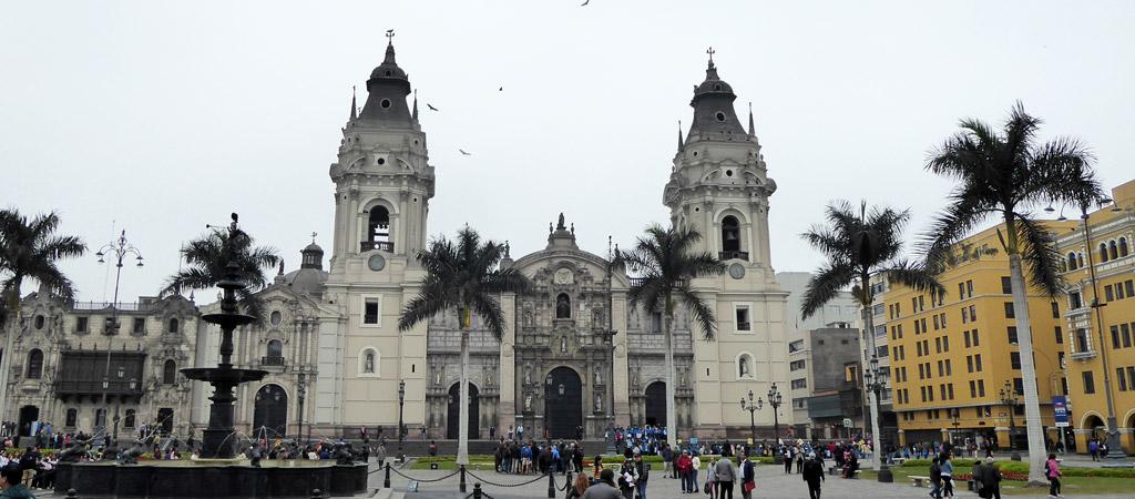 Plaza de Armas en Lima, Perú