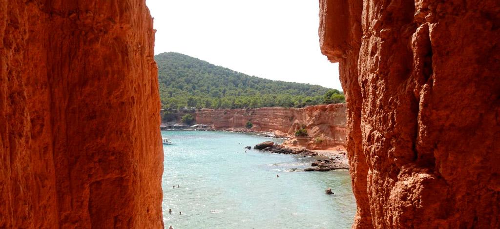Viajar a Ibiza - Sa Caleta